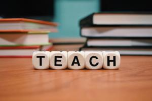 How to Apply For an Online Teaching Degree Course